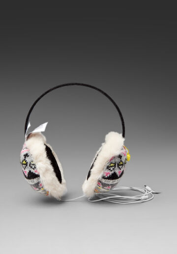 Наушники от Juicy Couture: слушаем музыку и греемся