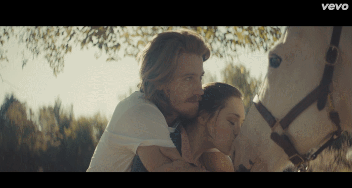Гаррет Хедлунд в клипе Kings Of Leon