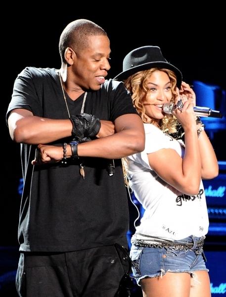 Бейонсе выступила с Jay-Z на фестивале Coachella