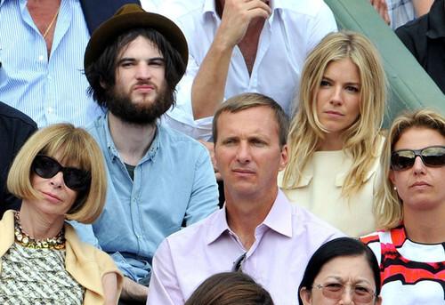 Сиенна Миллер и Том Старридж переезжают в «дом мечты» за 4,5 миллиона долларов