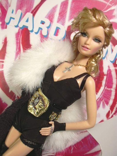 Фирма Mattel не хочет выпускать куклу Мадонны