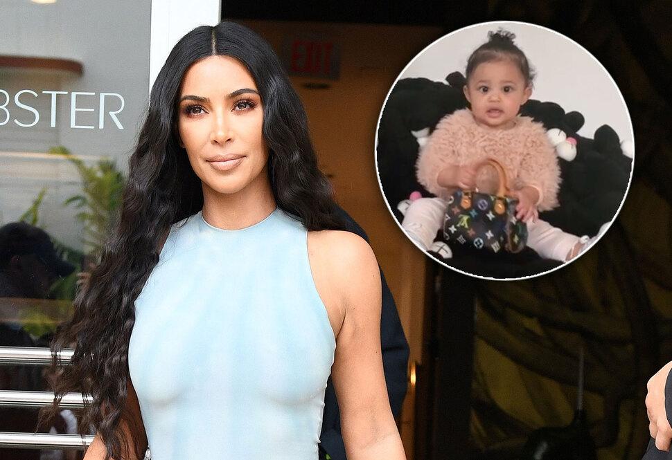 Ким Кардашьян подарила годовалой дочке сумку Louis Vuitton на Рождество