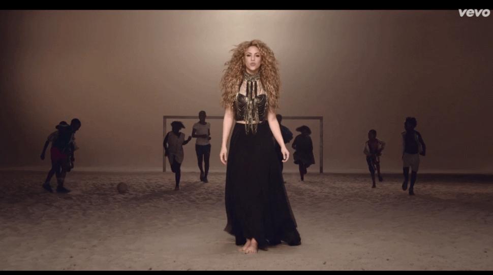 Новый клип Шакиры -  La La La
