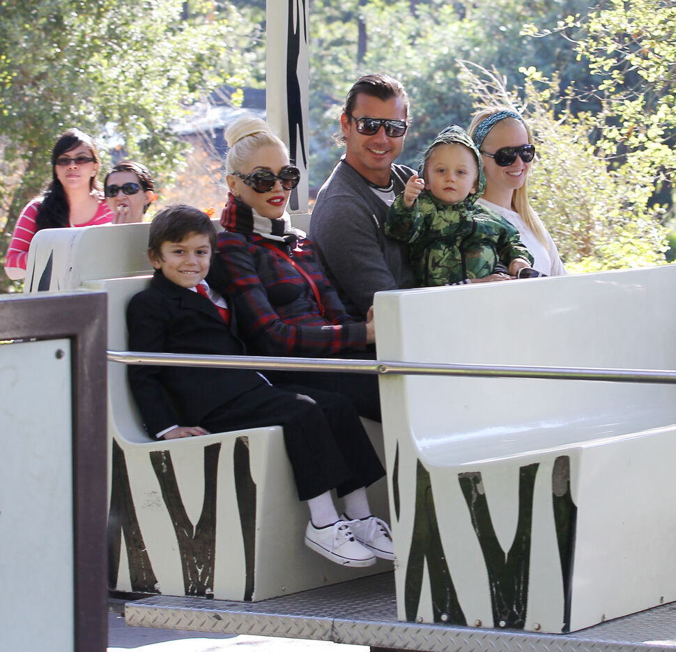 Гвен Стефани с семьей в зоопарке