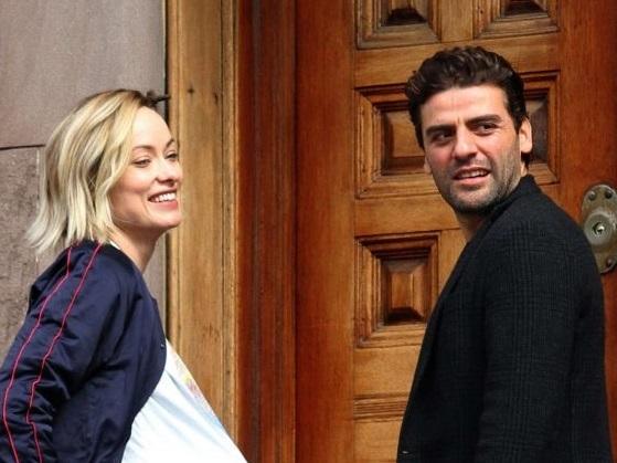 Оливия Уайлд и Оскар Айзек на съемках фильма «Сама жизнь»