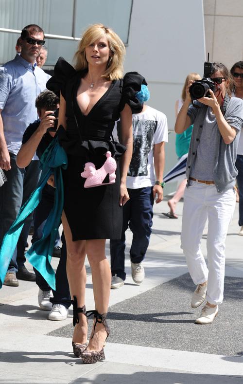 Хайди Клум снимается в новой фотосессии