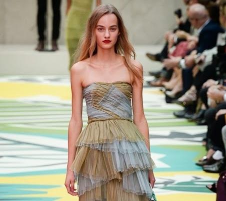Модный показ новой коллекции Burberry Prorsum. Весна / лето 2015