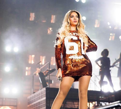 Фанатки подали в суд на Бейонсе за травмы на концерте