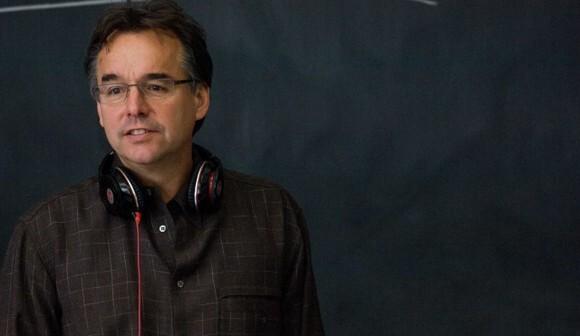 Крис Коламбус снимет комедию о пришельцах
