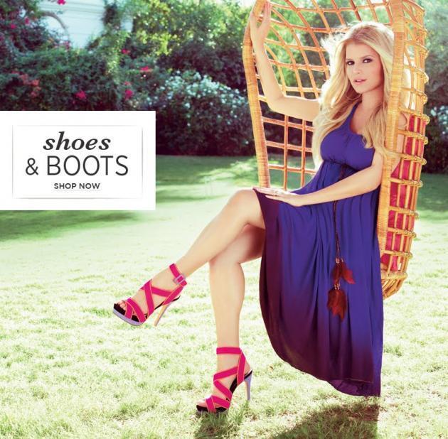Джессика Симпсон украла дизайн обуви у Christian Louboutin