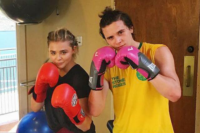 Бруклин Бекхэм и Хлоя Морец вместе занимаются боксом