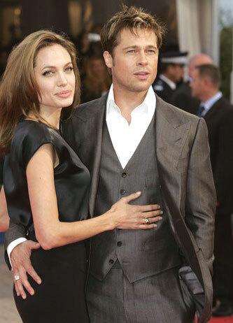 Анджелина Джоли и Брэд Питт подарили 100 000 долларов сиротам