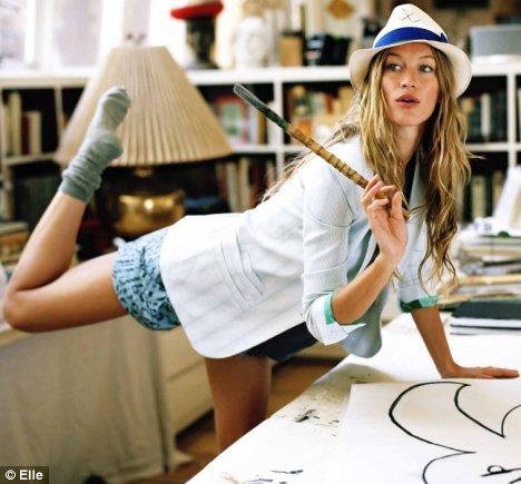 Жизель Бундхен в благотворительной фотосессии Elle