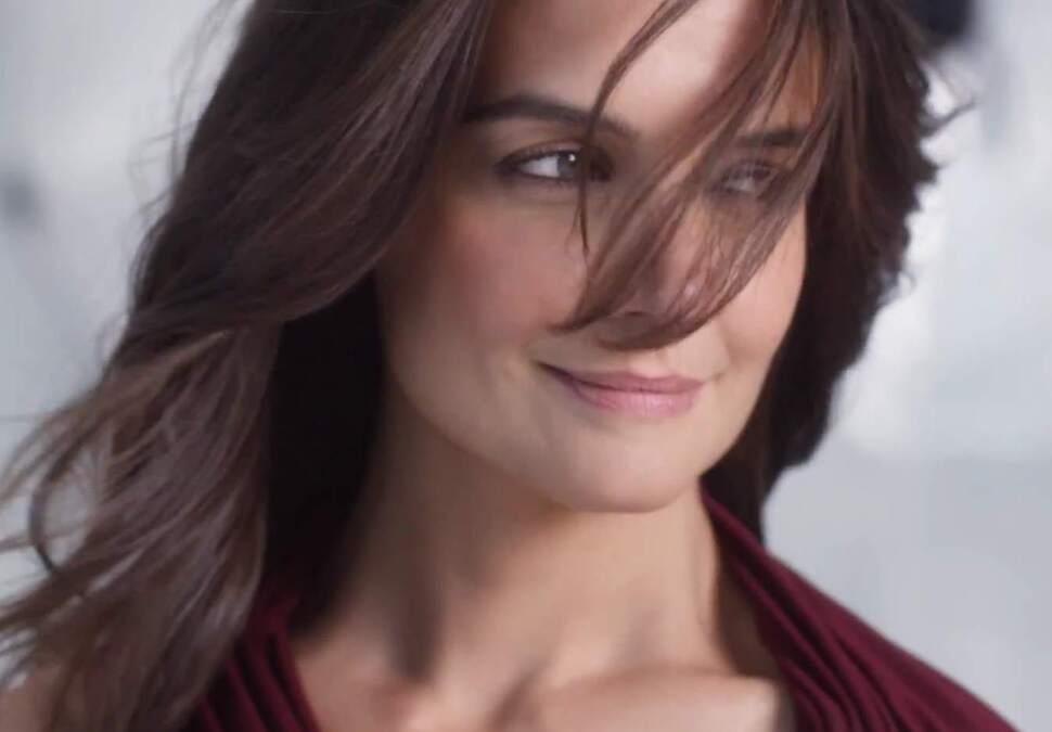 Кэти Холмс в рекламном ролике Olay