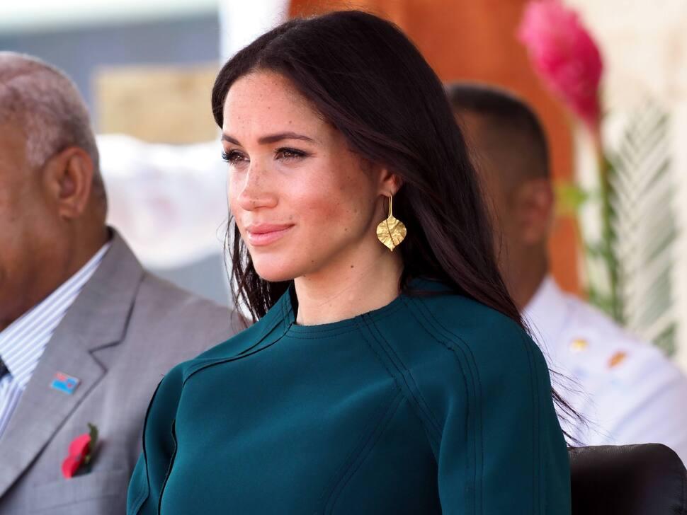 Очередное нарушение королевских традиций: Меган Маркл планирует рожать дома