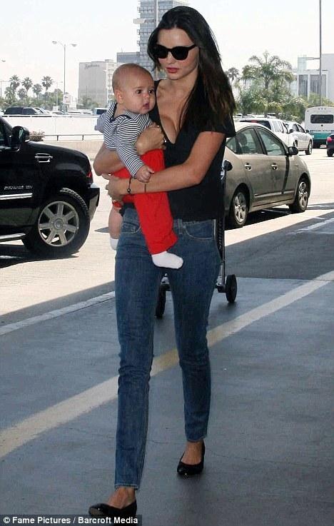Миранда Керр и ее улыбчивый сын