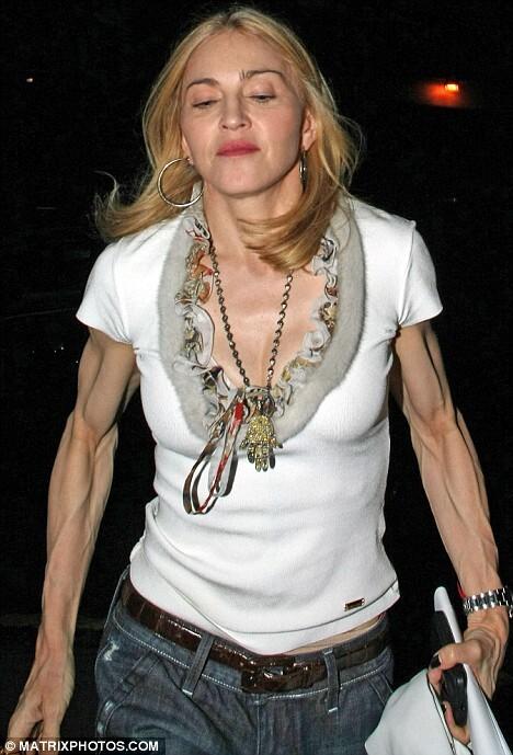 Мадонна слишком любит фитнес