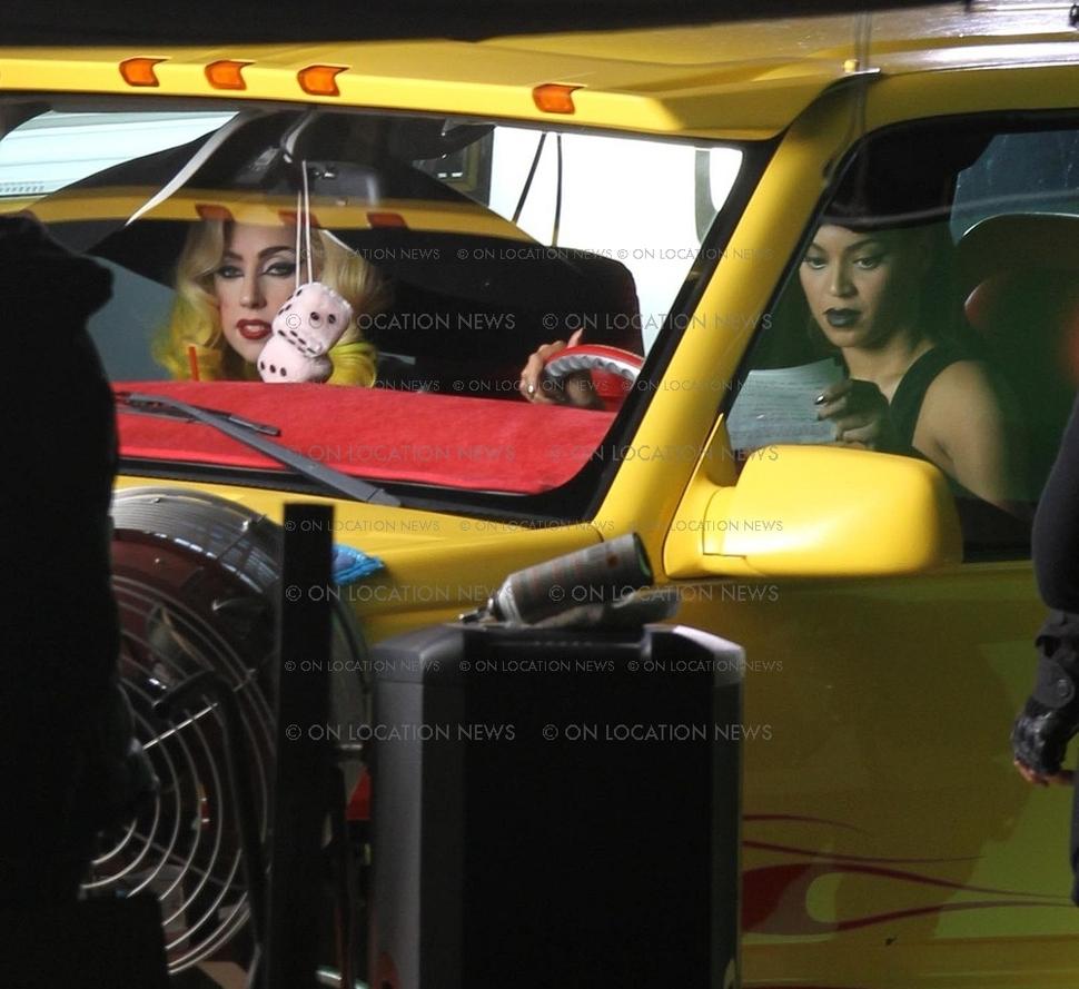 Бейонсе и Lady GaGa снимаются вместе в новом клипе