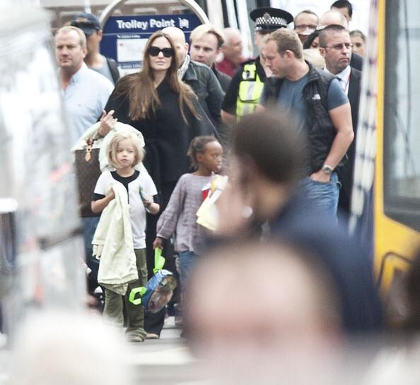 Анджелина Джоли и Брэд Питт арендовали поезд