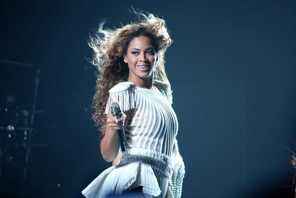 Бейонсе — самая высокооплачиваемая певица по версии журнала Forbes