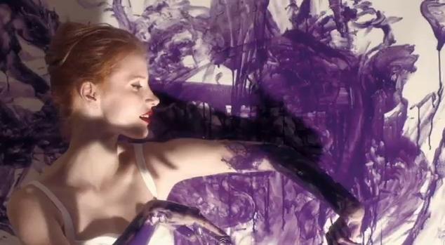 Джессика Честейн в рекламном ролике аромата Manifesto от Yves Saint Laurent