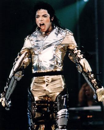 Майкл Джексон заработал  после смерти больше, чем когда был жив