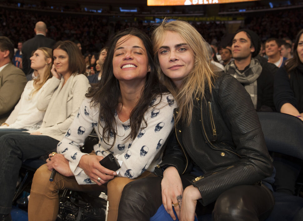Официально: Кара Делевинь встречается с Мишель Родригес