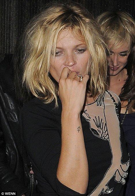 Кейт Мосс после показа в Лондоне