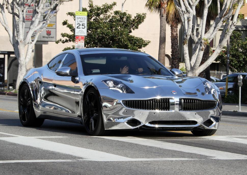 Джастин Бибер купил себе автомобиль как у Тэйлора Лотнера