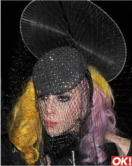 Lady GaGa никогда не носит повседневной одежды