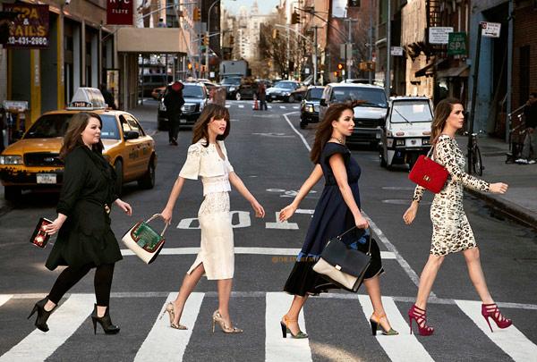 Актрисы комедии «Подружки невесты»  в журнале Harper's Bazaar