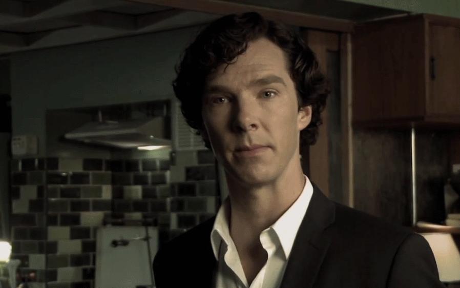 Реклама мобильного приложения от Шерлока Холмса