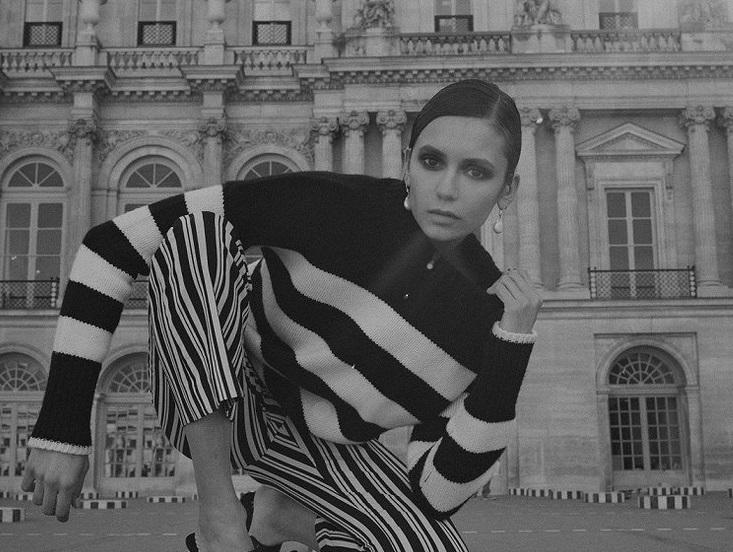 Топлес на фоне Эйфелевой башни: Нина Добрев снялась в рекламной кампании бренда La Ligne