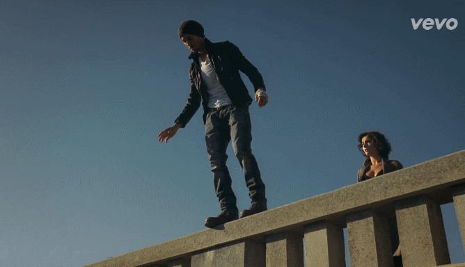 Новый клип Энрике Иглесиаса - Heart Attack