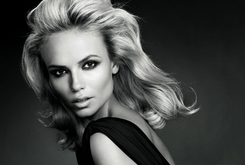 Наташа Поли стала новым лицом L'Oréal Paris