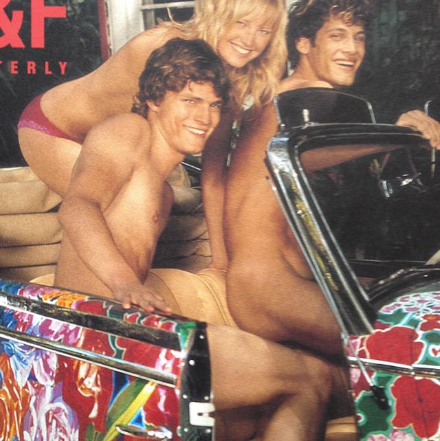 Обнаженный Джейми Дорнан в старой рекламной кампании Abercrombie & Fitch