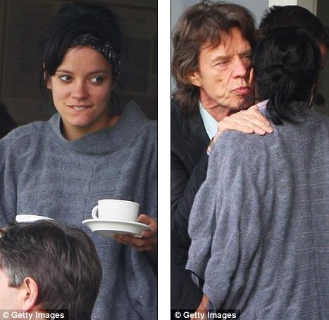 Лили Аллен смотрит крикет вместе с The Rolling Stones