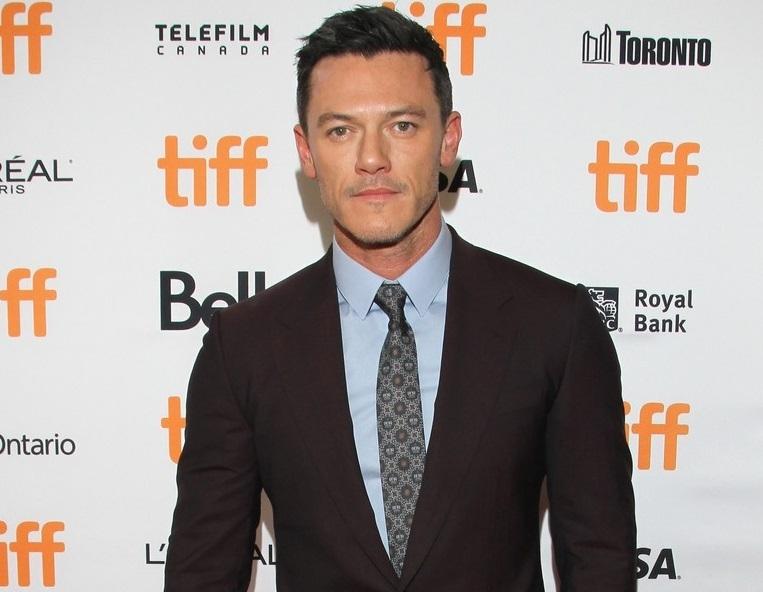Люк Эванс представил фильм «Профессор Марстон и Чудо-женщины» на кинофестивале в Торонто