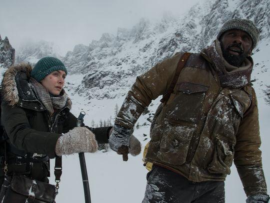Первый трейлер: Идрис Эльба и Кейт Уинслет выживают в драме «Между нами горы»