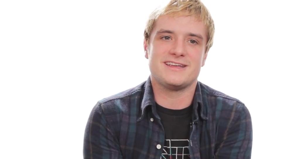 Видео: Джош Хатчерсон дает советы молодому себе