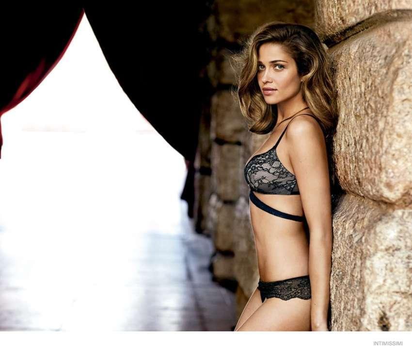 Ана Беатрис Баррос в рекламной кампании Intimissimi. Осень 2014