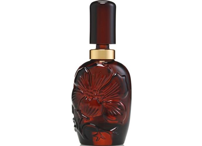 Clinique выпускает новую версию аромата Aromatics Elixir