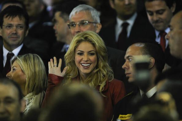 """Видео: Шакира на игре """"Барселона"""" - """"Реал Мадрид"""""""
