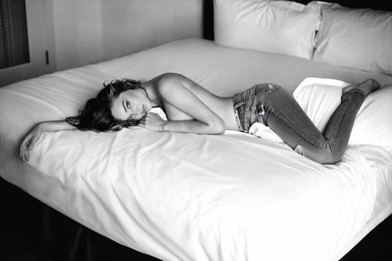 Миранда Керр в рекламе джинсов 7 for All Mankind