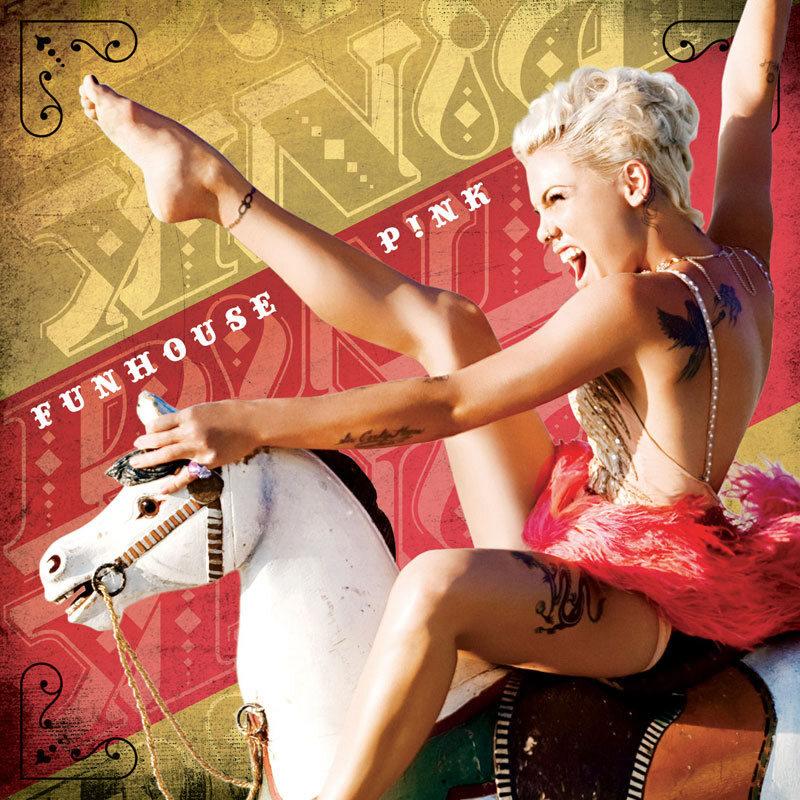 Новый клип Пинк на песню Funhouse