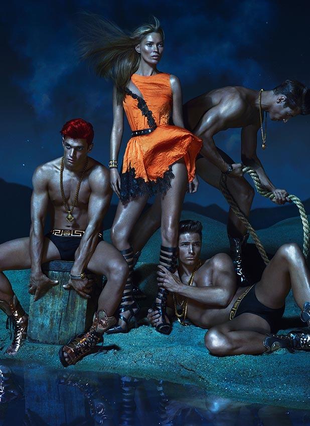 Кейт Мосс и другие в рекламной кампании Versace. Весна / лето 2013
