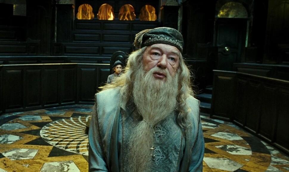 Автора «Гарри Поттера» «похоронили» разгневанные пользователи