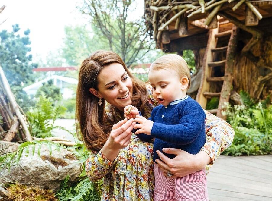 Кейт Миддлтон поделилась семейным фото в преддверии праздников