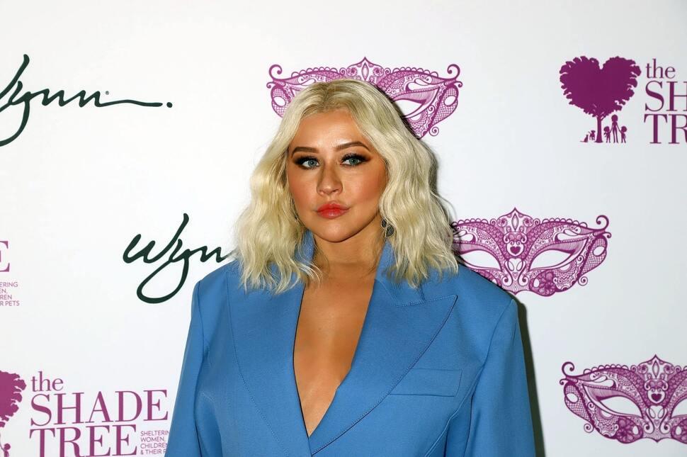 Фото: Кристина Агилера в неудачном наряде на гала-вечере в Лас-Вегасе