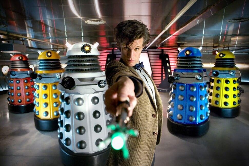 «Уничтожить!»: Далеки из «Доктора Кто» теперь загоняют британцев домой